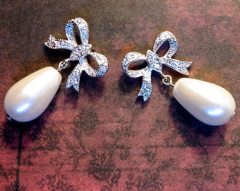 Anna Karenina Bow Earrings