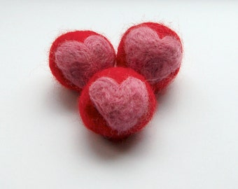 Cat toy balls, 2 sets of 3 wet felted wool cat balls with a heart, catlover valentine gift, red and pink