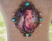 Princess cameo necklace