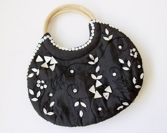 Sale - Black White Purse - Embroidered Fabric with Beads and Mother Pearl Sequins Rattan Handle - Vintage Handbag