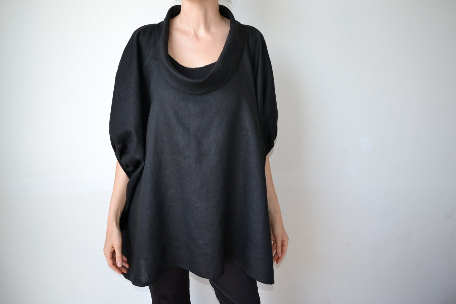 Black linen top / linen tunic / Plus size clothing / Plus size