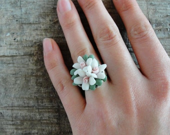 White Porcelain Flower Ring