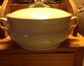 Vintage Casual Elegance Hearthside Stoneware Japan Vegetable Bowl With Lid