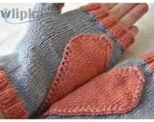 Valentine's Day love gloves in gray and orange