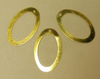 Traditional and Modern Gold rings   40 for 2.99