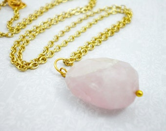 Pink Quartz Stone Pendant Necklace, Gold Pendnat Necklace, Statement Stone Necklace