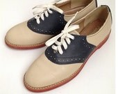 Vintage 1960 leather saddle oxfords shoes - women's 6.5