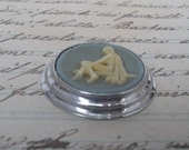 20% OFF use coupon code SAVE20 REDUCED Vintage cameo pendant ,Vintage Jewelry  supplies