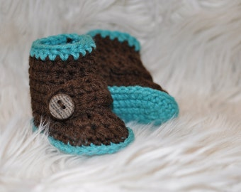 Crochet buckle newborn or baby booties, boots with wooden button