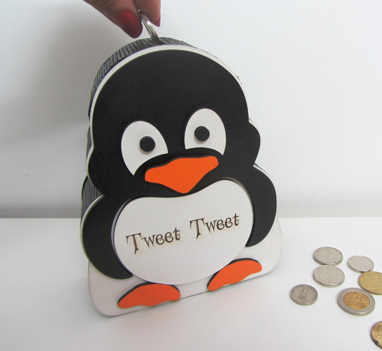 penguin money box coin bank piggy bank by. Black Bedroom Furniture Sets. Home Design Ideas