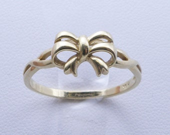Vintage Charming 18K Yellow Gold Bow Ring-Size 8.5 ,R-1286