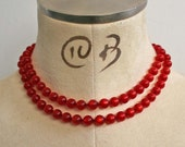 Rockabilly lady brilliant red cats eye pearl vintage 1950's 2 strand choker necklace