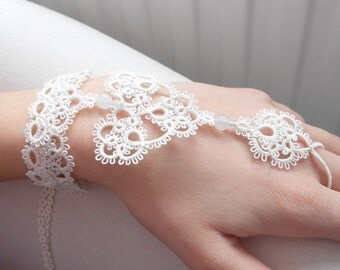 "Heart lace cuff bracelet -  - ivory - ""Sweetheart"" collection"