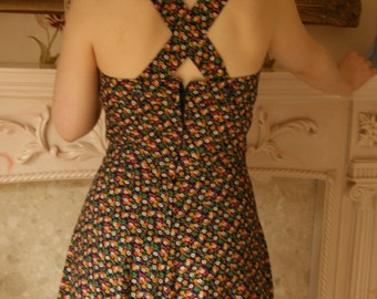1940's Vintage Navy Floral Print Summer Dress with Crossover Back (10)