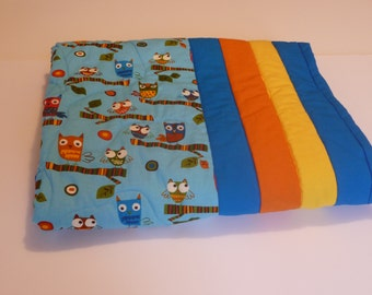 Owl baby quilt. Free shipping. Crib quilt. For new baby. Quilt for boy or girl. Modern baby quilt.
