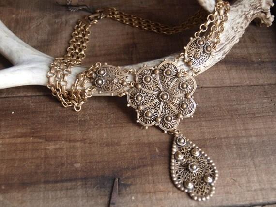 Mirabella Statement Necklace//bohemian necklace//chunky jewelry//statement jewelry//vintage statement jewelry