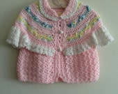 Item 96 Little girls sweater size 2 to 3