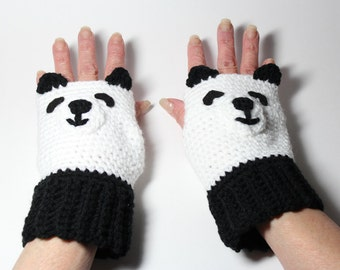 Panda Fingerless Gloves, Crochet Animal Mittens, Black and White Mitts, Winter Accessories, Wrist Warmers