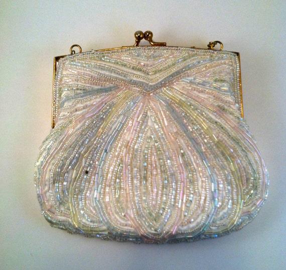 Retro Vintage La Regale Ltd. White Pastel Beaded Clutch Purse Handbag