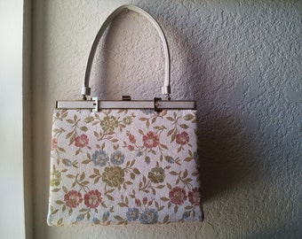 Fabric handbag / Frame Purse with top handle / embroidered handbag / 1950s Mad Men style / cream fabric purse with pastel floral design