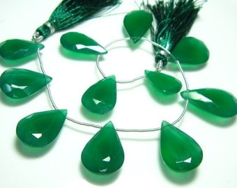 """Green Onyx Faceted Pear Big Briolette- 8"""" Strand -Stones measure- 12x18-14x22mm"""