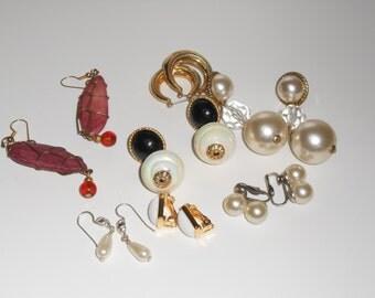 Destash lot of vintage jewelry earrings beaded earrings chandelier dangle earrings