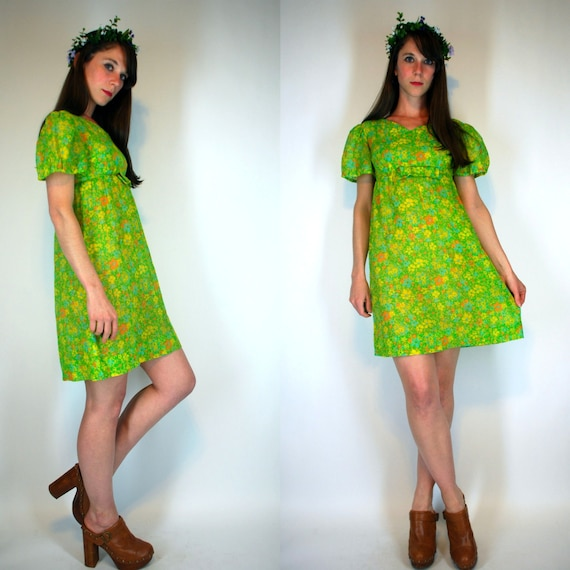 Vintage 60s Garden Party Babydoll feminine ditsy cotton gauze Floral novelty Print Mini Dress Semi sheer green yellow Sundress XS