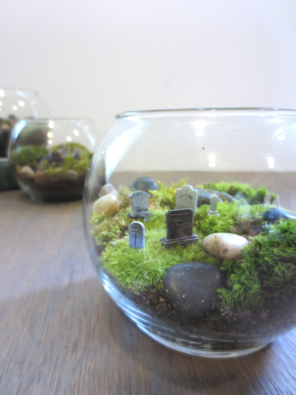 hold your breath graveyard moss terrarium by faerienest on etsy. Black Bedroom Furniture Sets. Home Design Ideas