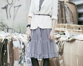 Vintage Striped Shirt / 90s Vintage Women Striped Navy Shirt Blouse / Size 42 / Large Oversized Blouse / Vertical Stripe Button Up Retro Top