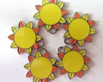 5 Pieces HAPPY SUNSHINE Charm Pendants