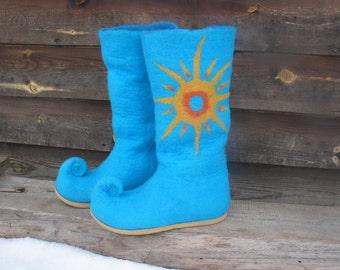 Felted pixie boots AHAU