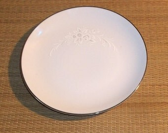 Vintage Sango Cantata Salad Plate, Pattern 6202,  White  Gray Shadow Flowers Perfect Cond.