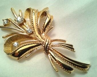 vintage costume jewelry brooch pin large flower leaf crystal