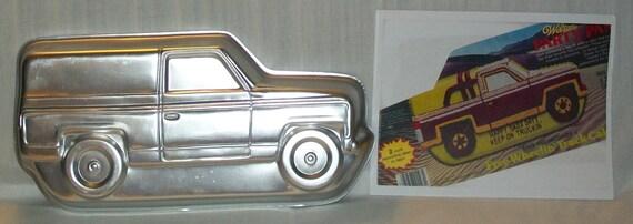 1980 Wilton Free Wheelin Wheeling Truck Cake Pan Rv Camper