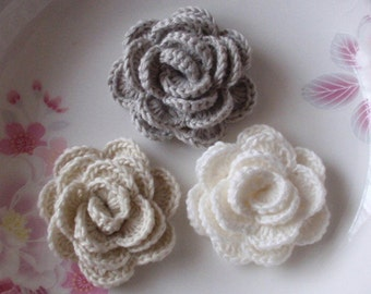 3 Crochet  Flowers Roses In 2 inches YH -138-07