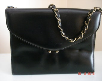 Vintage Black Leather Purse/Handbag From The 1960's With Chain & Leather Strap - Vintage Purses - Black Leather Purse - Vintage Handbags