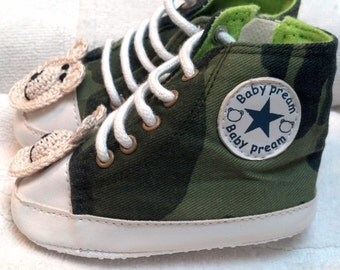Baby Infant Toddler Green Camouflage High Tops Sneakers Shoes - Handmade Teddy Bear - Sizes 11, 12 ,cms (approx. 0-12 months)