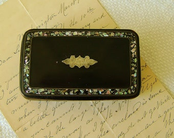 Antique Snuff Box: Lacquered Papier-mâché, with Mother of Pearl Border Silver Inlay