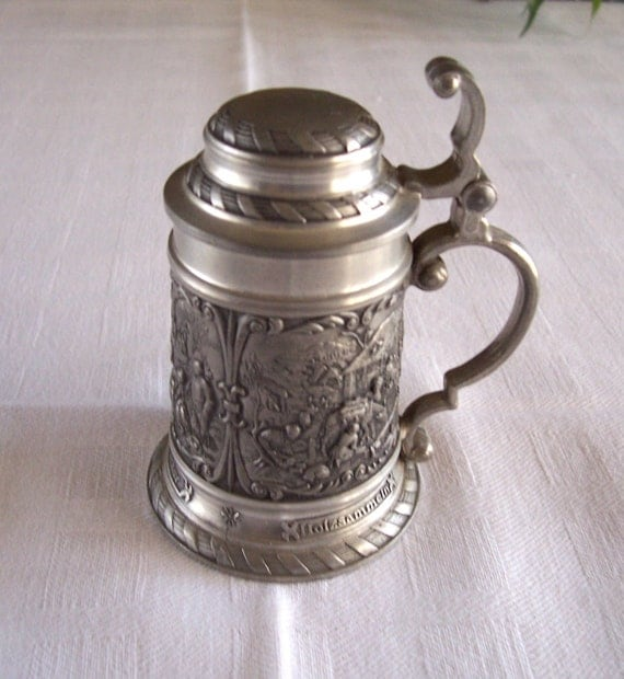SKS Zinn 95 percent pewter 3 inch beer stein made in W Germany with rural scenes