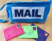 Felt Mail Carrier Messenger Bag with 3 Envelopes, Pretend Play, Educational