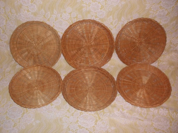 vintage wicker paper plate holders set of by mrsmurphysmercantile. Black Bedroom Furniture Sets. Home Design Ideas