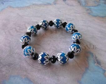 Gorgeous faceted blue agate bracelet