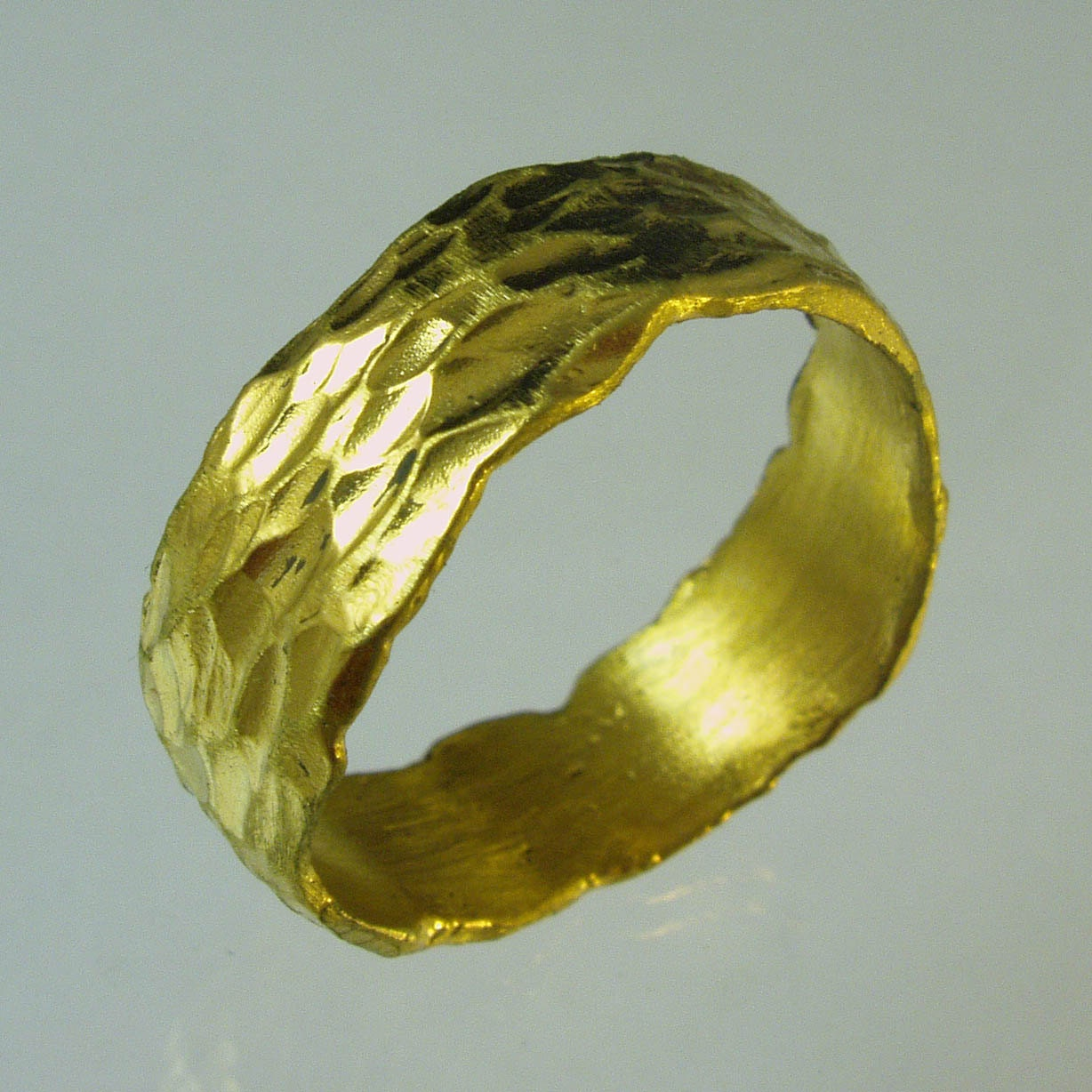 pure gold 24 karat solid gold ring100 pure recycled gold. Black Bedroom Furniture Sets. Home Design Ideas