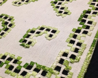 Hardanger embroidered linen tablerunner. Scandinavian handcraft.