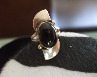 ON SALE Black Onyx and Sterling Ring Size 6.25