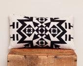 Geometric Wool Pillow // creamy White & Black / Grey Back / Snowflake