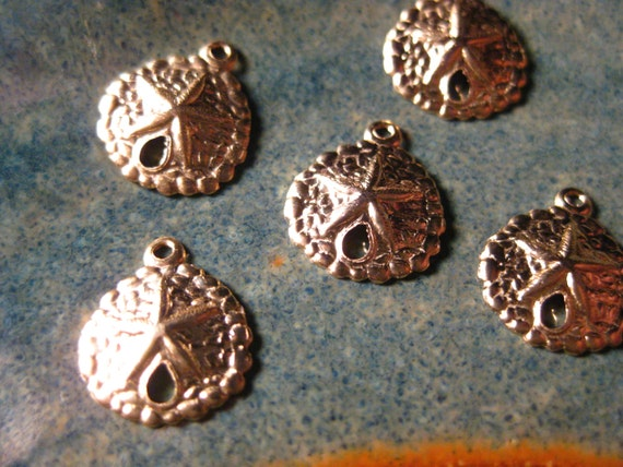 5 ea. 14kt Gold Filled 9mm Sand Dollar Charms, .9mm Hole, Hollow Back, Wholesale, Beach, Ocean