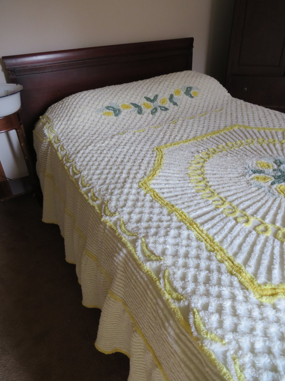 Beautiful Vintage Chenille Yellow Flower Bedspread Cottage