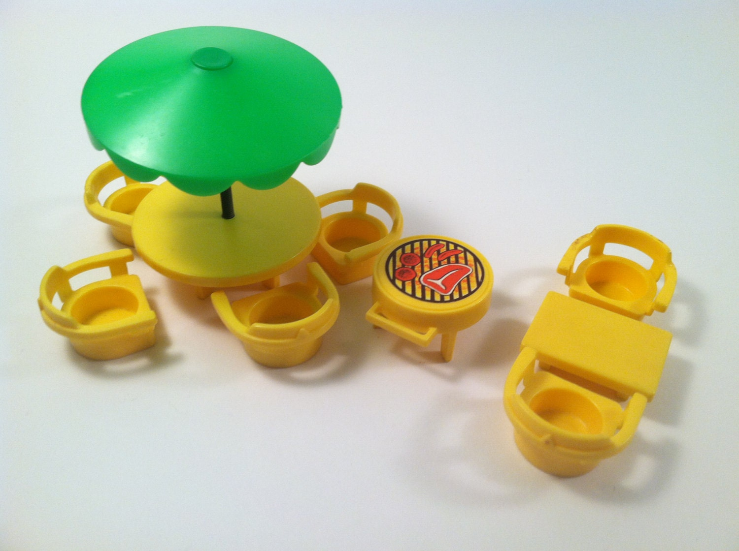 Fisher Price Little People Patio Furniture