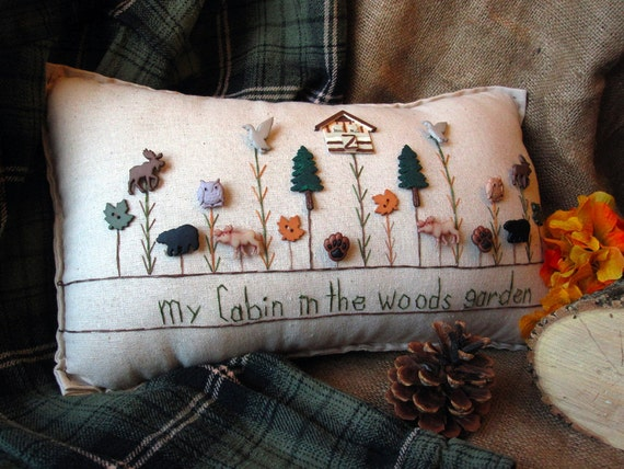 my cabin in the woods garden pillow cottage style. Black Bedroom Furniture Sets. Home Design Ideas